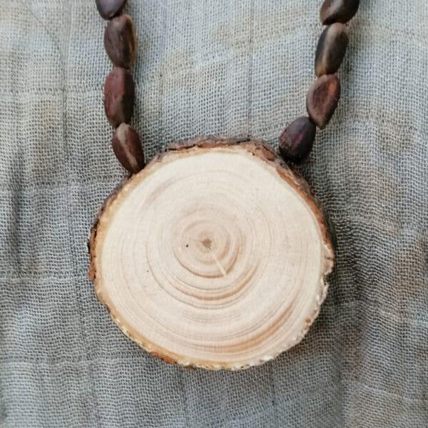 תליון ארז צלצלני סיבירי מקורי עם חרוזי ארז